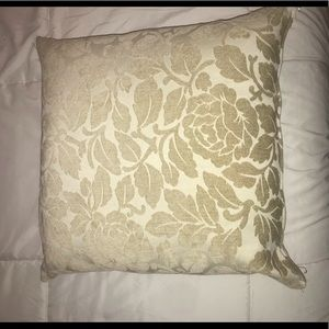 Other - Cream pillow